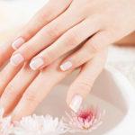 Красивые ногти требуют ухода